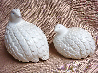 2 VINTAGE Hand Painted Ceramic WHITE PARTRIDGE / QUAIL Statues Signed Kayes '82