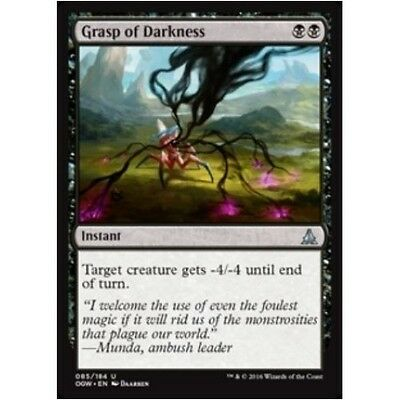 GRASP OF DARKNESS NM mtg Oath of the Gatewatch Black - Instant Unc