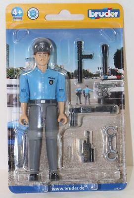 Bruder Germany 1:16 light skin policeman + Accessories 60050 FNQHobbys