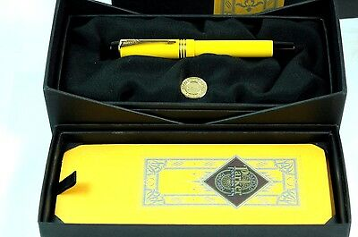 Parker Duofold Centennial Mandarin Yellow Fountain Pen MINT BOXED M Nib