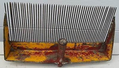 Antique Lge Metal Blueberry Rake Many Tynes Old Red & Yellow Paint Maine Find
