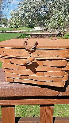 1986 Longaberger Small  Purse Basket with lid - Signed