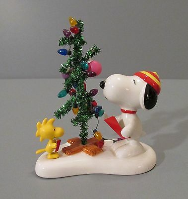 "Dept. 56 Peanuts ""Snoopy (and Woodstock) Singing Christmas Carols"" Figurine"