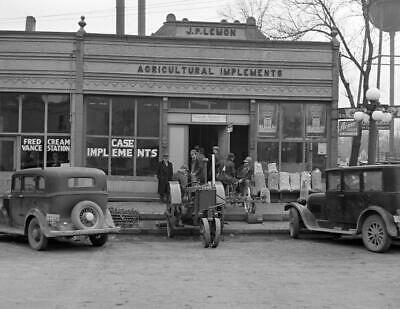 "1937 Hardware Store, Aledo, Illinois  Vintage Old Photo 8.5"" x 11"""