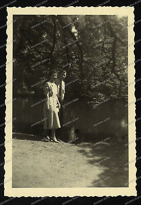 Foto-Stuttgart-Park-Mann-Frau-Man-Woman-August-1953-20