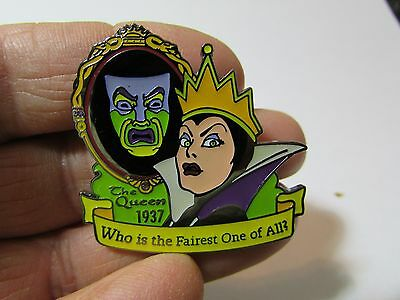 DISNEY Pin  The Queen 1937 Who is the Fairest One of All