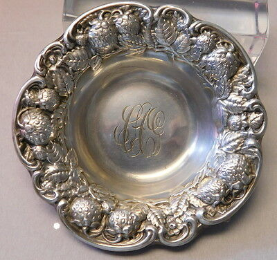 Antique MAUSER STERLING STRAWBERRY REPOSSE INDIVIDUAL BUTTER PAT NUT MINT DISH