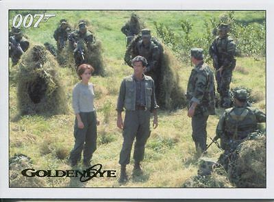 James Bond Archives 2015 Goldeneye Gold Parallel Chase Card #102