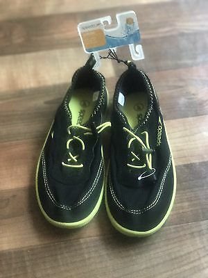 Brand New Speedo Junior Water Shoes Size L (4-5) Black And Neon Green