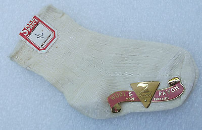 Baby toddler socks SEVEN 7 DWARFS Wool & Rayon Vintage 1950s childrens UNUSED
