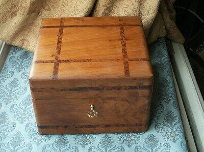 Old Vintage Burr Banded  Wooden Jewel Trinket Box Fitted Tray Victorian Style