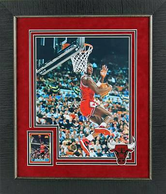 Bulls Michael Jordan Signed Authentic Framed Display W/ Photo & Card PSA #T11877
