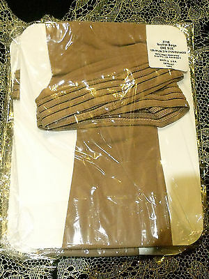 NEW Holt Neutral Beige 4146 Elastic Topped Thigh High Stockings One Size NIP
