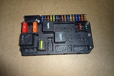 range rover engine compartment fuse box w  fuses & relays under hood 03-06