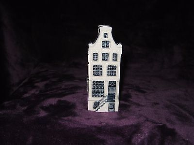 KLM Delft House number 78. No seal-empty
