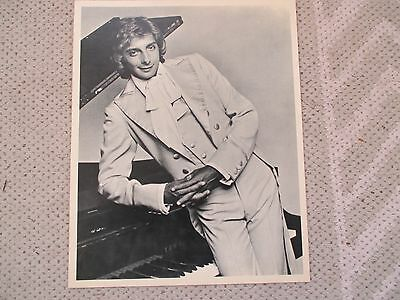 "Vintage 1970s Barry Manilow Black & White Publicity Photo 8""x10"""