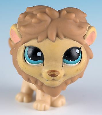 Littlest Pet Shop Lion #1112 Tan and Brown With Blue Eyes