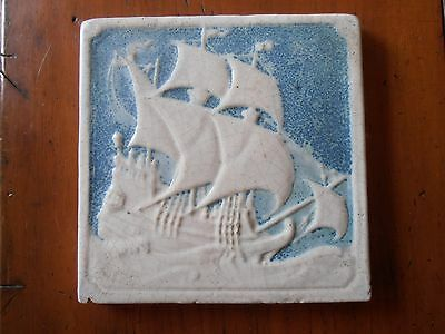 Beautiful Marblehead art pottery tile SHIP blue & white original label 6 3/4""