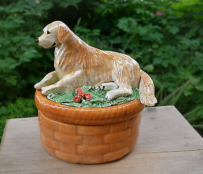 Golden Retriever.. Handsculpted ceramic basket box.  .OOAK .LOOK