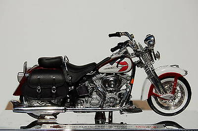 HARLEY DAVIDSON  HERITAGE SPRINGER 1/18th  MAISTO  MODEL  MOTORCYCLE