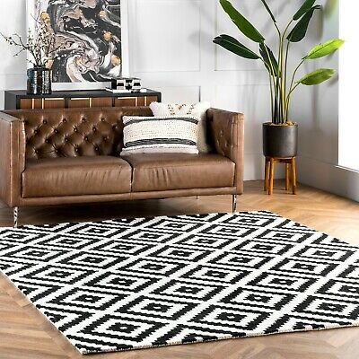 Nuloom Hand Made Contemporary Geometric Wool Area Rug In Black And