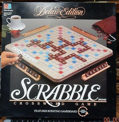 Scrabble Deluxe Turntable Edition 1989 with Burgundy Wood Tiles 100% Complete
