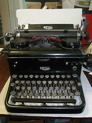 #4041 Royal Typewriter Co Inc New York Seamon-Cross Ltd Halifax est. circa 1920s