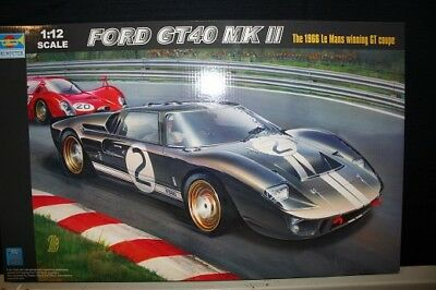 Trumpeter 05403 - 1/12 Ford Gt40 Mk Ii - The 1966 Le Mans Winning Gt Coupe - Neu