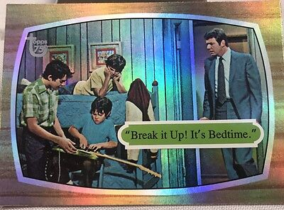 Free Postage TOPPS 75th Anniversary Rainbow Parallel Card The Brady Bunch