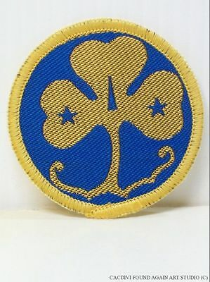 Girl Guides Scout Patch Old Style WAGGGS Vintage World Association
