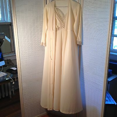 VINTAGE 1960s VANITY FAIR PEIGNOIR ROBE LACE NIGHTGOWN GOWN NEGLIGEE SET Size 34