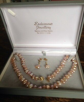 """Freshwater pearl necklace & earrings set - unworn & boxed - pinky apricot 18"""""""