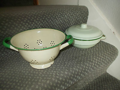 Collectible Kitchenalia Shabby Chic Vintage Enamel Colander Dish Lid Green Cream