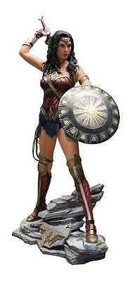 Muckle Studio Oxmox Wonder Woman Life-Size Statue WW Lifesize Figur