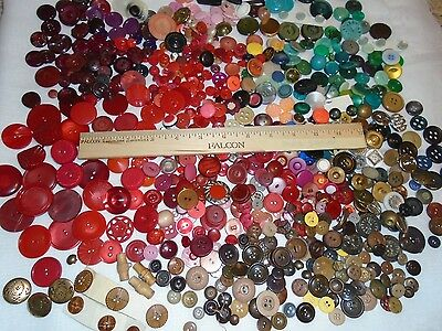 2 LBS Lot of Vintage Buttons Loose Buttons Sewing Crafts Retro 2 lbs