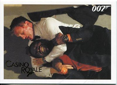 James Bond Archives 2014 Casino Royale Gold Parallel Base Card #61