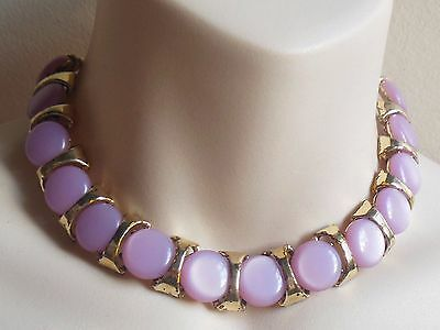 Vintage 1950's gold tone lavender moonglow lucite thermoset link choker necklace