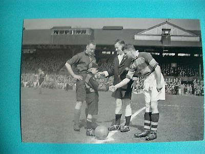 "AMATEUR CUP SEMI FINAL @ CHELSEA  1940s  6""x4"" Photo  REPRINT"
