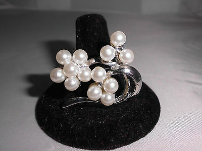 VTG Silver Toned White Faux Pearl Cluster Floral Flower Bunch Pin Brooch