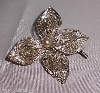 Vintage Silver Tone Wire Faux Pearl Flower Pin Brooch