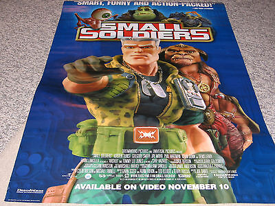 Small Soldiers Poster Kirsten Dunst Jay Mohr Phil Hartman Frank Langella Leary