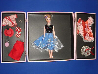 A TOBY TEEN Fashion Doll Barbie Competitor Gift Set Roberta Co. MIB! 1962 RARE!