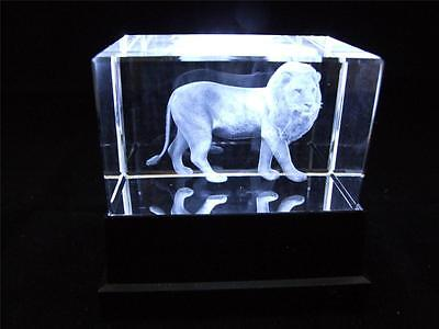 Solid Glass Crystal Laser Block and White Light Box Standing Lion.