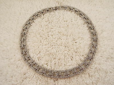 Elegant Silvertone Rhinestone Box Link Collar Necklace (A41)