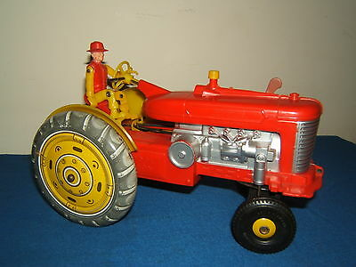 VINTAGE BATTERY OPERATED LOUIS MARX No.XXX  FARM TRACTOR & DRIVER
