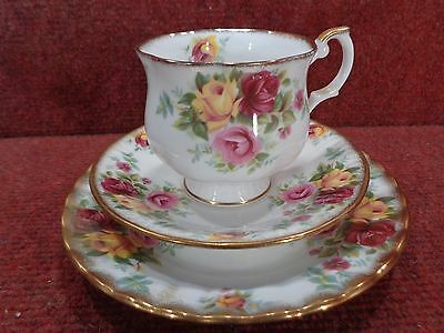"ROYAL STAFFORD ""BOUQUET"" Yellow Pink & Red Roses Tea Trio"