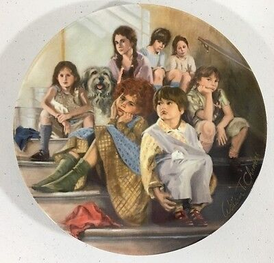 Annie and the Orphans Knowles 1984 Collector Plate with COA - Plate # 16956A