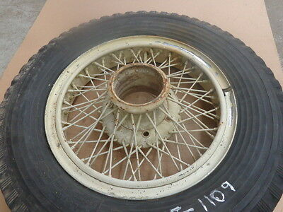 "Antique / Classic Car 18"" Knock Off Wire Wheels MT-1109"