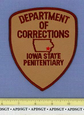 IOWA STATE PENITENTIARY DEPARTMENT of CORRECTIONS Police Patch PRISON JAIL