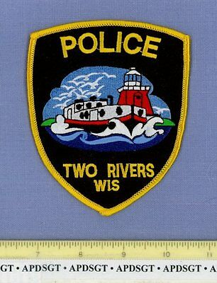 TWO RIVERS WISCONSIN Sheriff Police Patch LIGHTHOUSE GREAT LAKES FREIGHTER SHIP